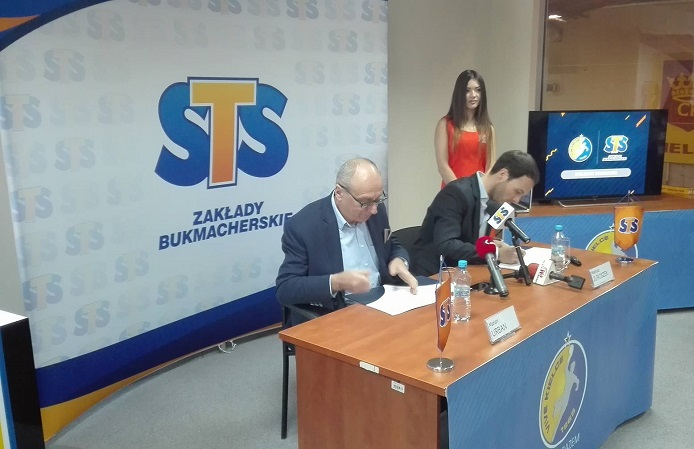 STS podpisał umowę sponsorską z Vive Kielce