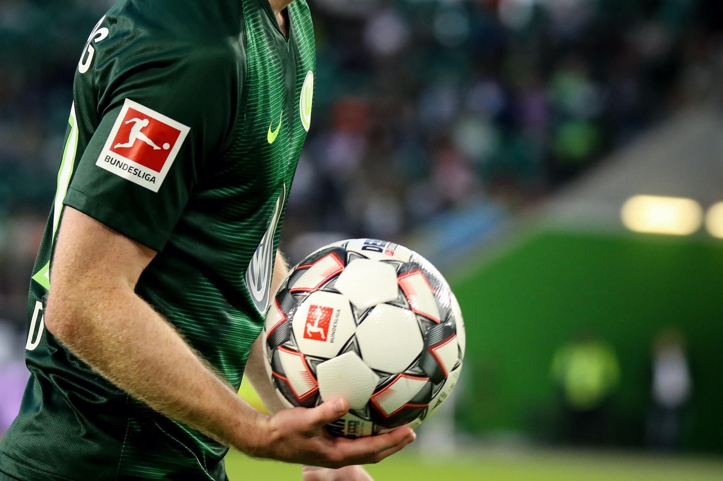 Piłkarska rewolucja przez pandemię. Gospodarze już nie mają przewagi!