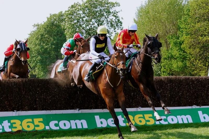 Brytyjscy bukmacherzy wnoszą dodatkowe opłaty za wyścigi konne