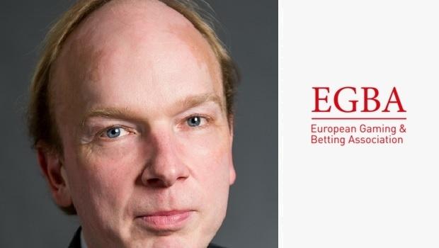 Szef EGBA, Maarten Haijer, wzywa do większego zaangażowania operatorów